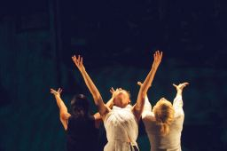 "Photos: ""Reach"" at SPF9 – ODC Theater"